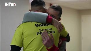 Paolo Guerrero protagoniza un emotivo encuentro con fanático del Inter