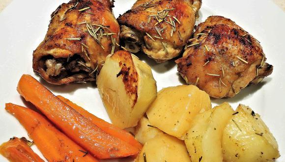 El pollo al romero es una receta muy sencilla de preparar en casa. (Foto: pixel1 / Pixabay)