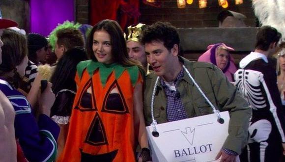 """A """"How I Met Your Mother"""" le encantaba obsequiar a los fanáticos especiales navideños, pero ¿cuántas entregas de Halloween tuvo la exitosa comedia? (Foto: CBS)"""