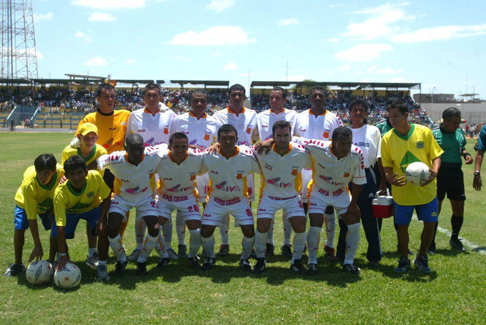 Atlético Grau - Estudiantes de Medicina solo ganó diez partidos en todo el 2004. (Foto: GEC)