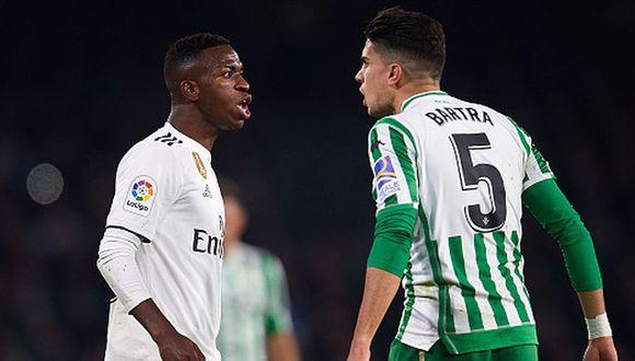 Bartra le dejó un recado a Vinicius luego del encontronazo que tuvieron en el Madrid-Betis. (Getty)