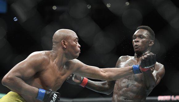 Adesanya se llevó el estelar de la noche frente a Anderson Silva, en el UFC 234. (Foto: AP)