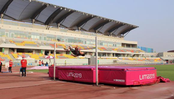 Deportistas que dieron inicio hoy al primer Control Evaluativo 2021 que organizó la Federación de Atletismo. (Foto: Legado)