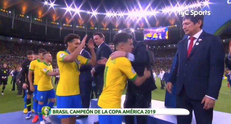 Marquinhos decidió no saludar al presidente de Brasil en la ceremonia de Copa América 2019. (TyC Sports)