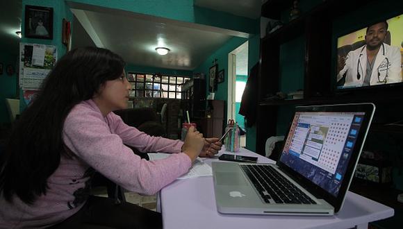 Beca Jóvenes Escribiendo el Futuro 2021: cómo registrarte y requisitos para cobrar el beneficio en México (Foto: Getty Images).