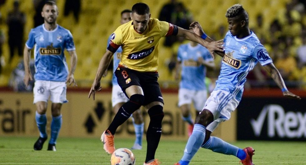 Martínez espera alargar la ventaja sobre Sporting Cristal. (Foto: Internet)