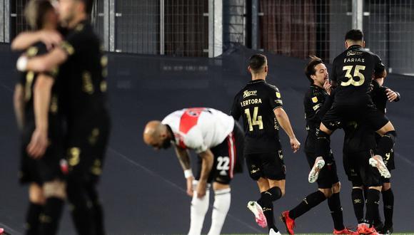 River Plate perdió 2-1 con Colon en el Monumental por la fecha 1 de la Liga Profesional. (Foto: AFP)