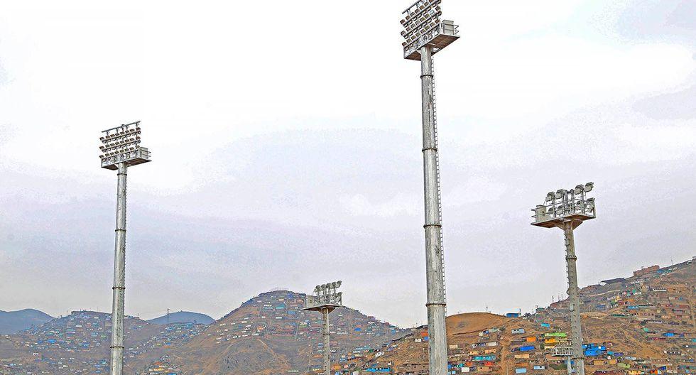 Lima 2019: Complejo deportivo Villa María del Triunfo: Torres de iluminación. (Foto: Facebook Lima 2019)