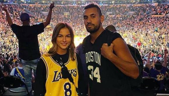 Kalinskaya y Kyrgios acudieron en marzo a un partido de la NBA en el Staples Center de Los Ángeles. (Foto: Instagram)