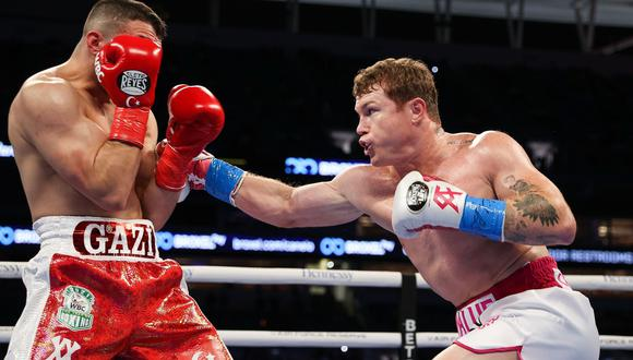 """""""Canelo"""" Álvarez vence a Yildirim en tres asaltos y retiene sus títulos en Miami (Getty Images)"""
