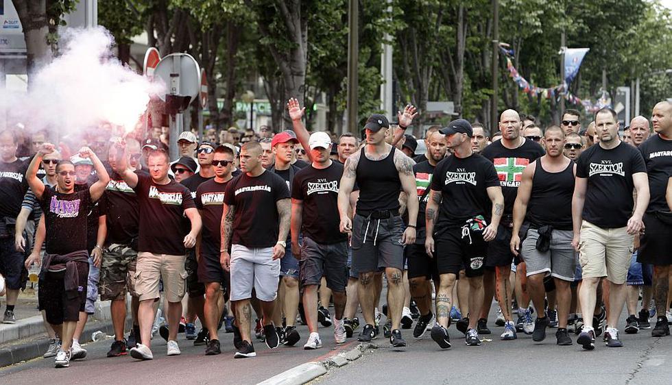 Miles de hinchas de Hungría fueron hasta Marsella para alentar a su selección (Agencias).
