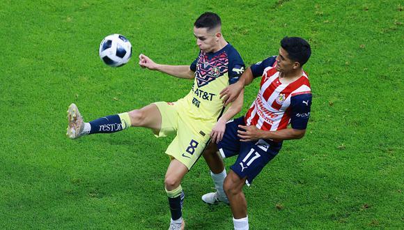 Chivas vs. América se dieron cita este sábado por la jornada 10 de la Liga MX 2021 (Foto: Getty Images).