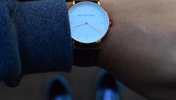 Cambio de horario 2021: conoce si debes atrasar o adelantar tu reloj para invierno en México (Foto: Pixabay).