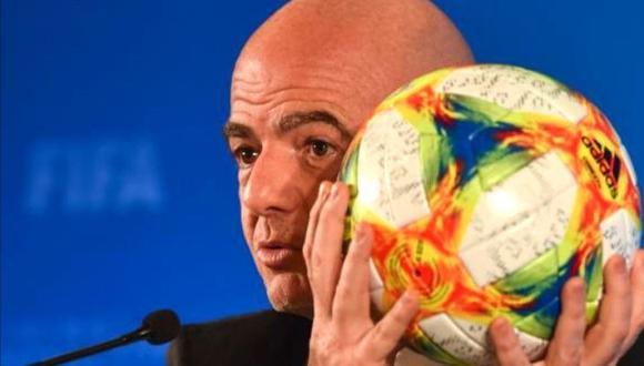 La FIFA insiste con su plan de celebrar la Copa del Mundo cada dos años. (Foto: AFP)