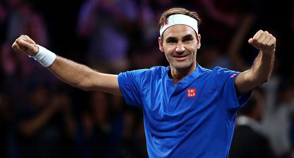Roger Federer celebrando después de vencer a John Isner en dos sets. (Foto: Getty Images)