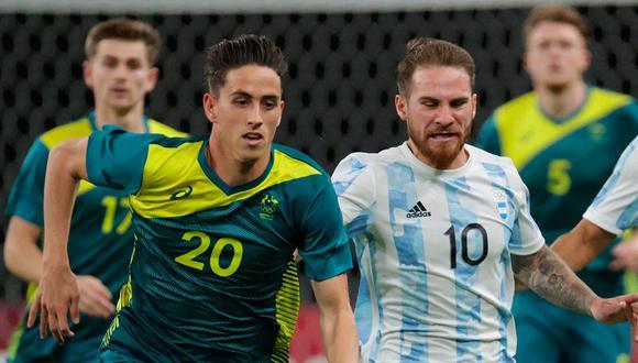 Australia vence 2-0 a Argentina y lo complica en el grupo C de los Juegos Olímpicos Tokio 2020. (Foto: AFP)