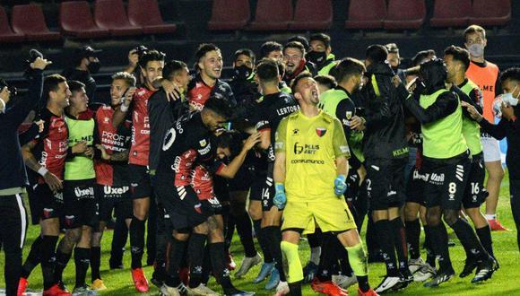Colón de Santa Fe clasificó a la Copa Libertadores 2022. (Foto: Agencias)