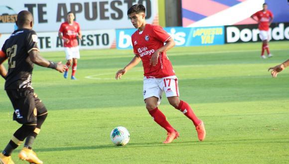 Jordan Guivin ya registra 376 minutos en el campeonato local (Foto: Liga 1)