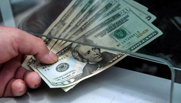 El dólar se negociaba a 20,05 pesos en México este viernes. (Foto: AFP)