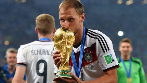 Höwedes le dijo adiós al fútbol con 32 años. @DFB_Team_ES