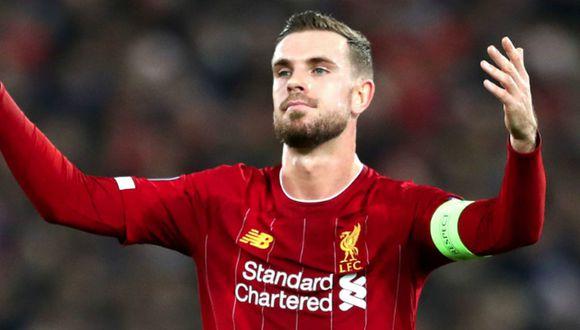 Jordan Henderson, capitán y pieza clave en el once de Liverpool, es baja por tres semanas. (Foto: Agencias)