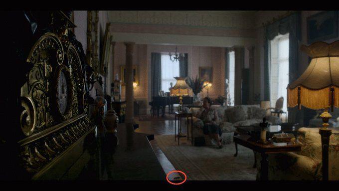 """El ratón que casi nadie vio en la temporada 4 de """"The Crown"""" (Foto: Netflix)"""