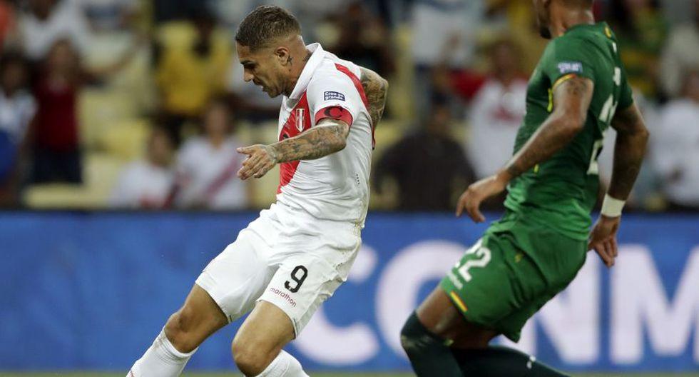 Paolo Guerrero igualó récord de Lolo Fernández al marcarle a Bolivia por la Copa América. (Foto: AP)