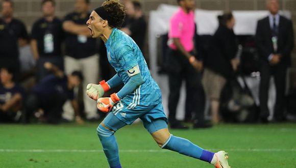 Ochoa detuvo el último penal de Costa Rica y México está en semis de la Copa Oro. (Getty)