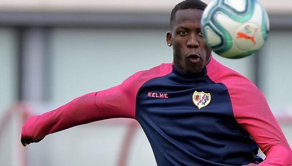 Luis Advíncula llegó al Rayo Vallecano en el 2018. (Foto: AFP)