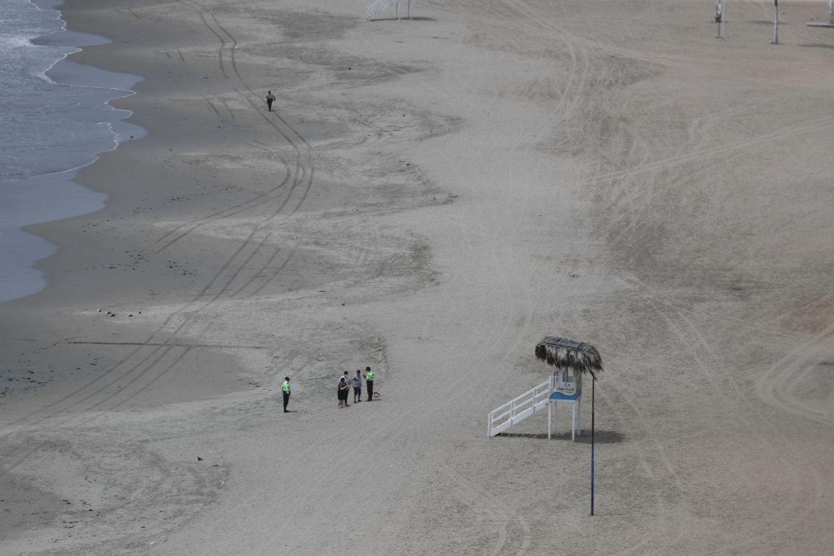 El acceso a las playas está prohibido. (Foto: Andina)