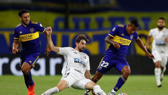 Boca y Santos empataron sin goles en La Bombonera. La llave se define el miércoles 13 de enero en Sao Paulo. (Foto: AFP)