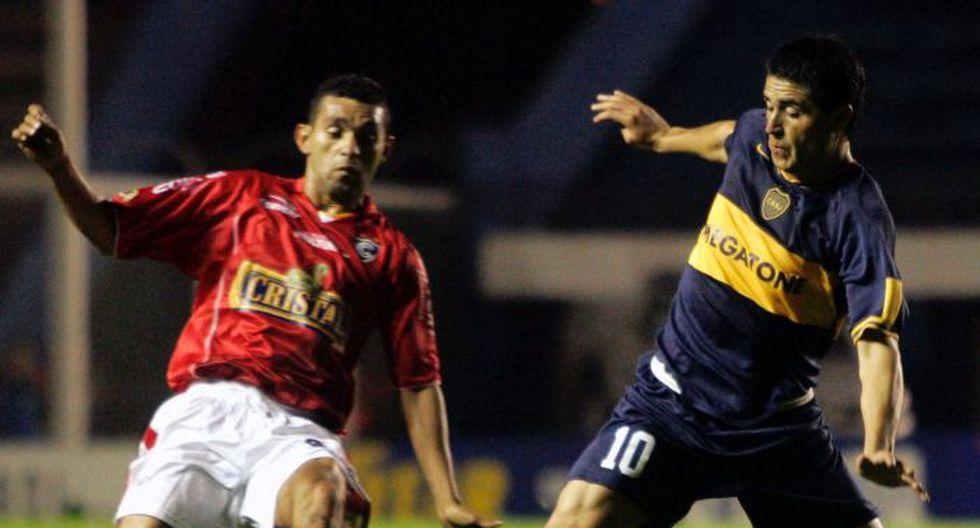 Cienciano perdió 1-0 en su visita a Boca Juniors, vigente campeón de la Recopa, en la Copa Libertadores 2007. (USI)