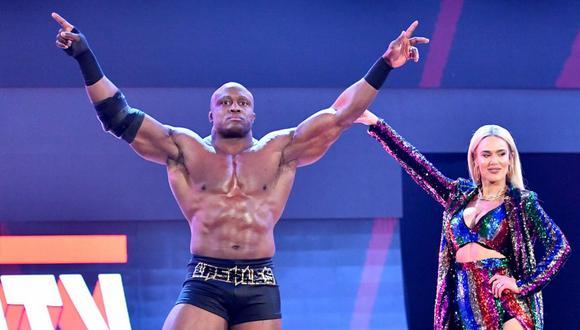 Durante sus peleas, Bobby Lashley es acompañado por Lana. (Foto: WWE)