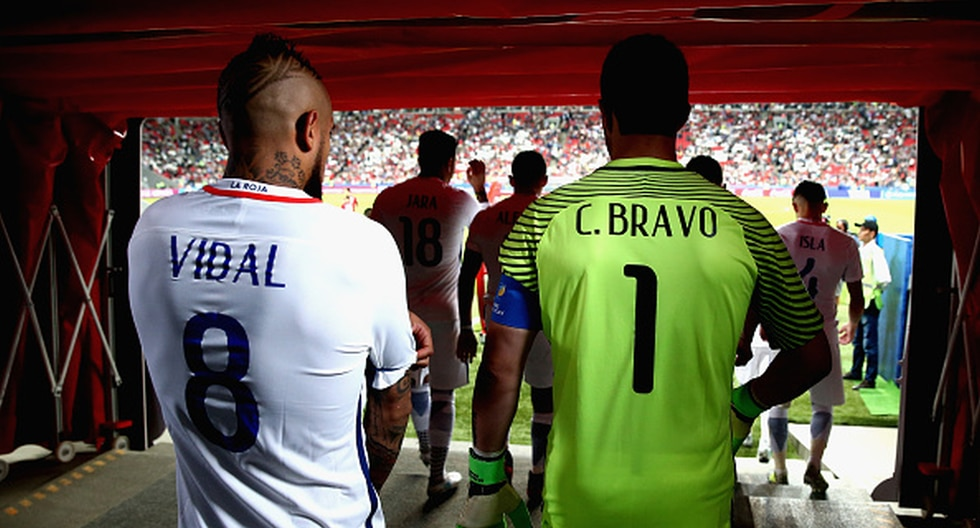 Arturo Vidal y Claudio Bravo se reencuentran en Chile. (Foto: Getty)