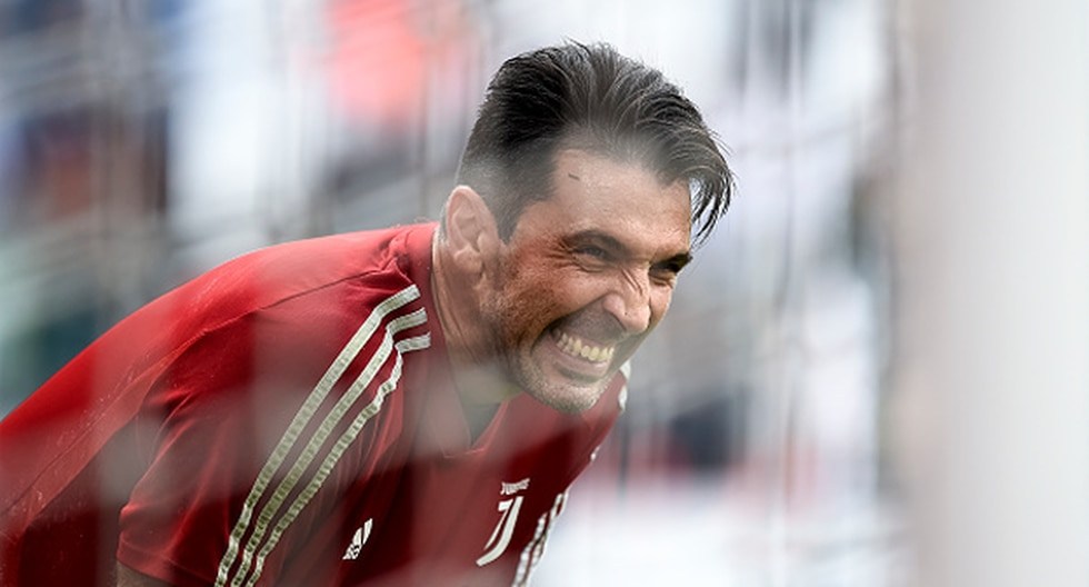 Gianluigi Buffon es suplente en la Juventus. (Foto: Getty Images)