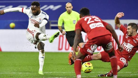 Moussa Dembélé sería cedido a préstamo al Atlético Madrid (Foto: AFP)