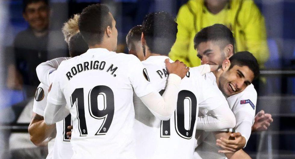 Valencia sacó una clave victoria en su visita al Villarreal en el Estadio de la Cerámica. (Foto: Agencias)