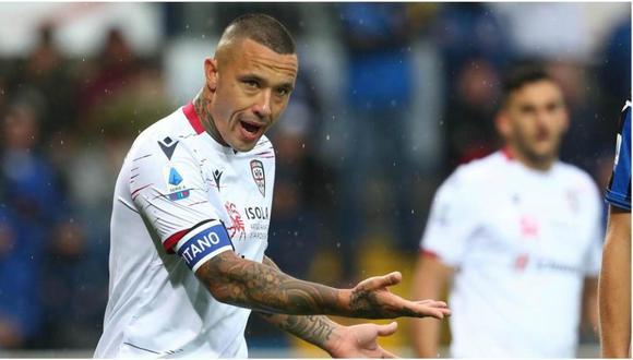 El plantel del Cagliari de la Serie A renunció al salario de abril. (Foto: EFE)