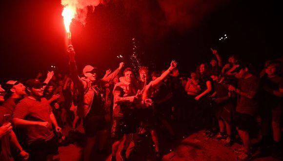 Las consecuencias que dejó el festejo del título de Liverpool en la Premier League. (Foto: AFP)
