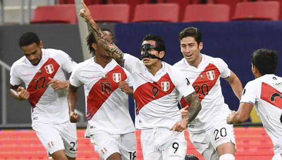 La Selección peruana tiene varios futbolistas al borde de la suspensión. (Foto: AFP)