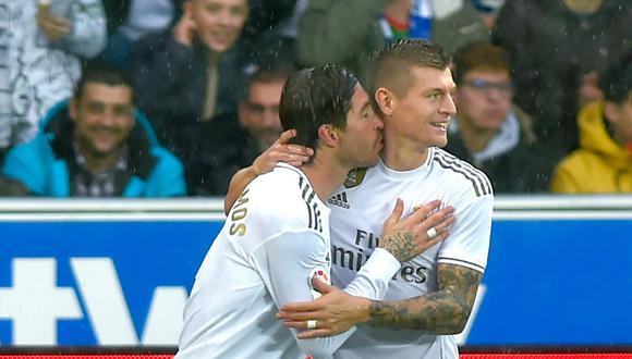 Kroos y Ramos juegan juntos en el Real Madrid desde la temporada 2014-2015. (Foto: AFP)