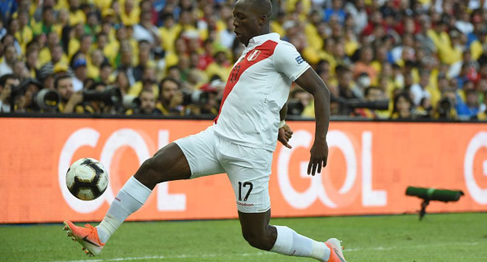 Luis Advíncula (Foto: Getty Images)