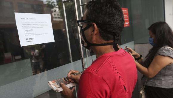 Hasta el 24 de agosto, los aportantes interesados en sacar su fondo de pensiones podrán hacerlo de forma virtual. (Foto: Andina)