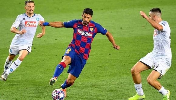 Luis Suárez anotó de penal en el triunfo 3-1 del Barcelona ante Napoli.