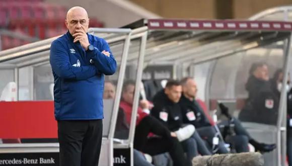 Christian Gross tomó el banquillo del Schalke apenas en diciembre del año pasado. (Foto: EP)
