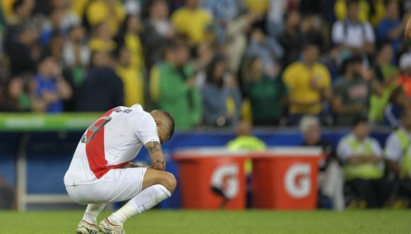 Paolo Guerrero sufrió una rotura del ligamento anterior de la rodilla derecha. (Foto: AFP)