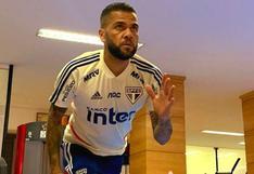 """Dani Alves no dejará Sao Paulo: """"Si sale cualquiera oferta, es mentira"""""""