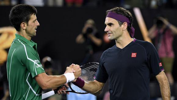 Roger Federer felicitó a Novak Djokovic por ganar 20 torneos de Grand Slam. (Foto: AP)