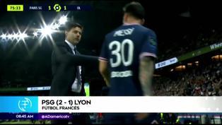 El polémico gesto de Lionel Messi a Pochettino tras ser sustituido en el PSG vs. Lyon
