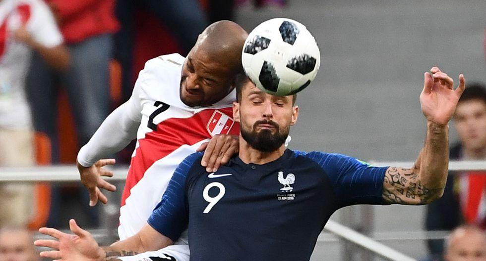 Perjudicado | Olivier Giroud llegará un año más viejo a la Eurocopa 2021. (Agencias)